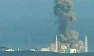 Explosion-at-Japans-Fukus-007