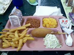 School-lunch-3